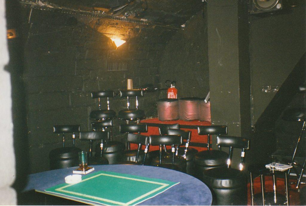 La salle de spectacle du Double Fond années 90